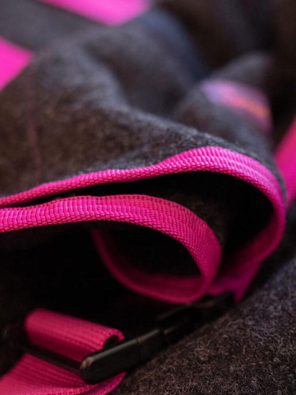 Abschwitzdecke aus Wolle in Pink